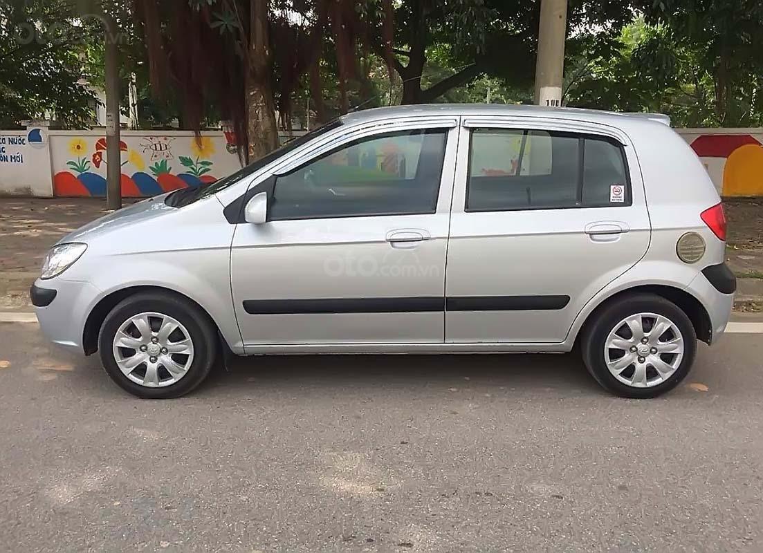 Cần bán lại xe Hyundai Getz năm 2010, màu bạc, nhập khẩu chính chủ  (2)