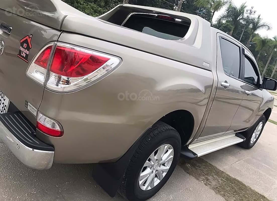 Cần bán Mazda BT 50 2.2L 4x2 AT đời 2015, nhập khẩu nguyên chiếc, số tự động (4)