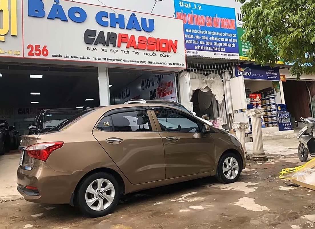 Cần bán Hyundai Grand i10 1.2 AT sản xuất 2018, màu nâu, chính chủ (2)