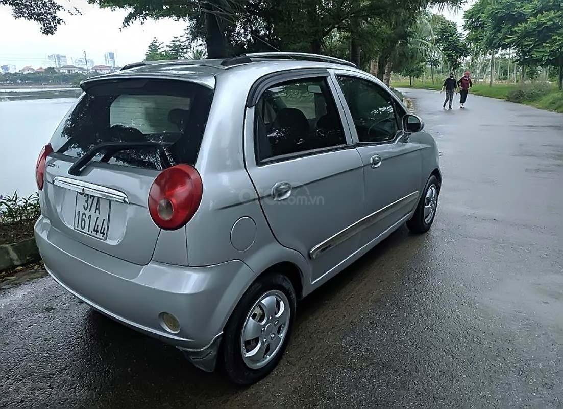 Cần bán Chevrolet Spark năm sản xuất 2009, màu bạc, 88tr (2)