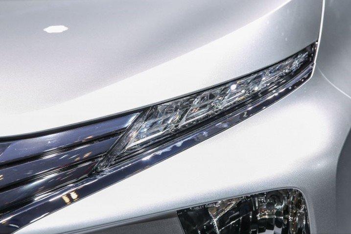 Thiết kế đèn pha xe Mitsubishi Xpander 2020 1
