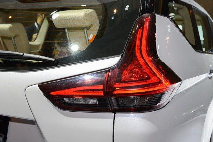 Thiết kế đèn hậu trên xe Mitsubishi Xpander 2020 1