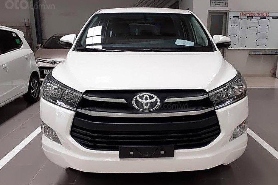 Thiết kế đầu xe Toyota Innova 2020 2