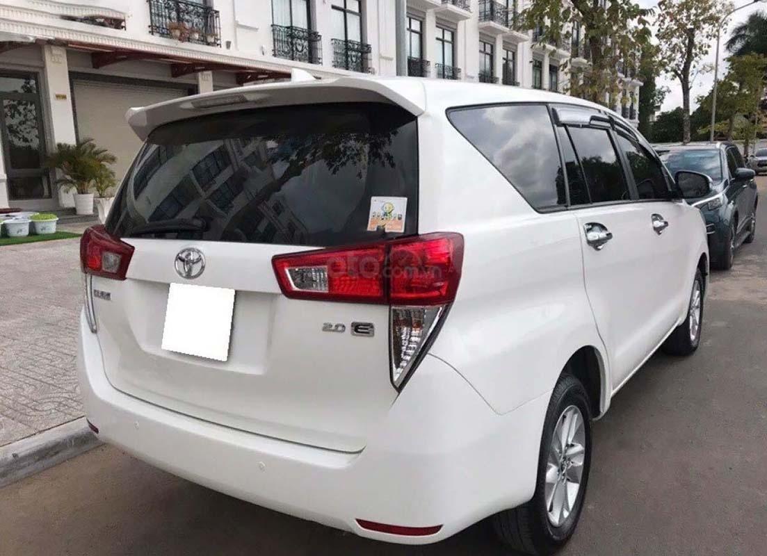 Cần bán lại xe Toyota Innova 2.0E đời 2017, màu trắng còn mới, 646tr (5)
