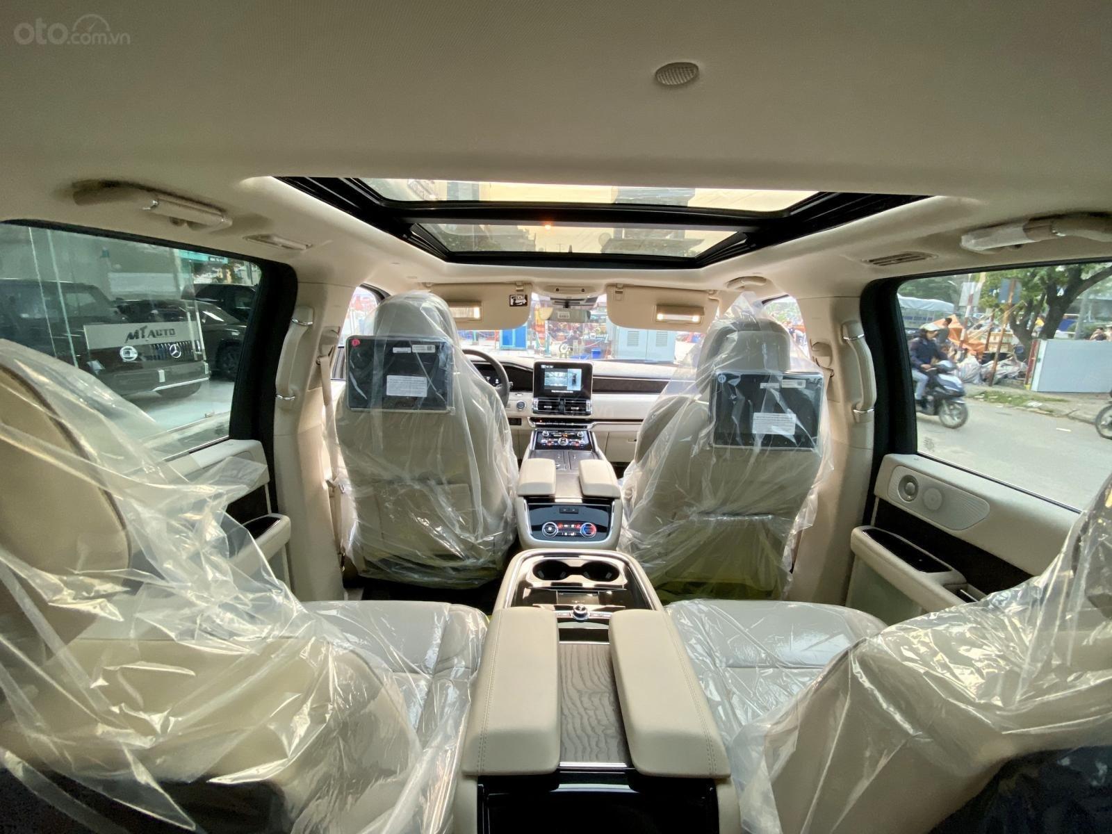 Bán xe Lincoln Navigator Navigator 2020, giá tốt, giao ngay toàn quốc. LH Ms. Hương 0945.39.2468 (9)