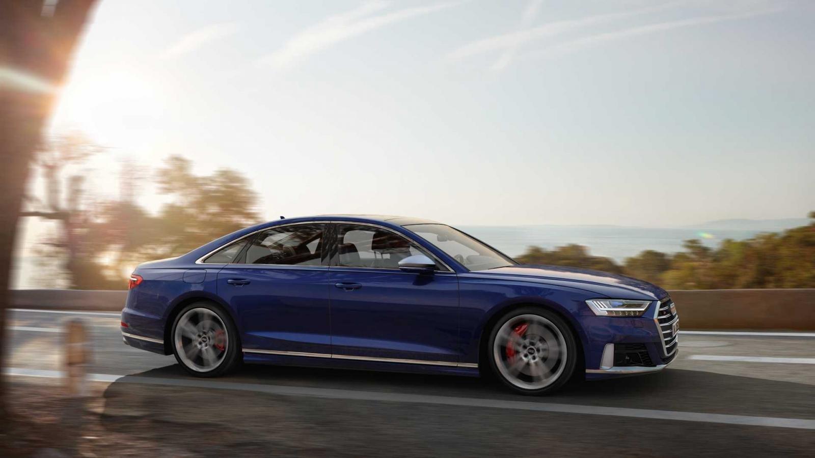 Đánh giá xe Audi S8 2020.