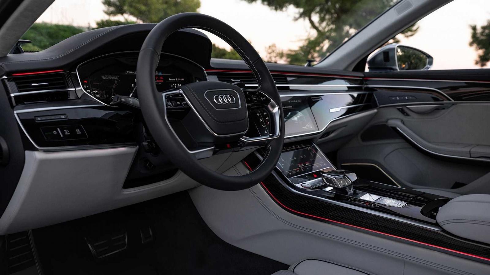 Đánh giá xe Audi S8 2020 về trang bị tiện nghi.