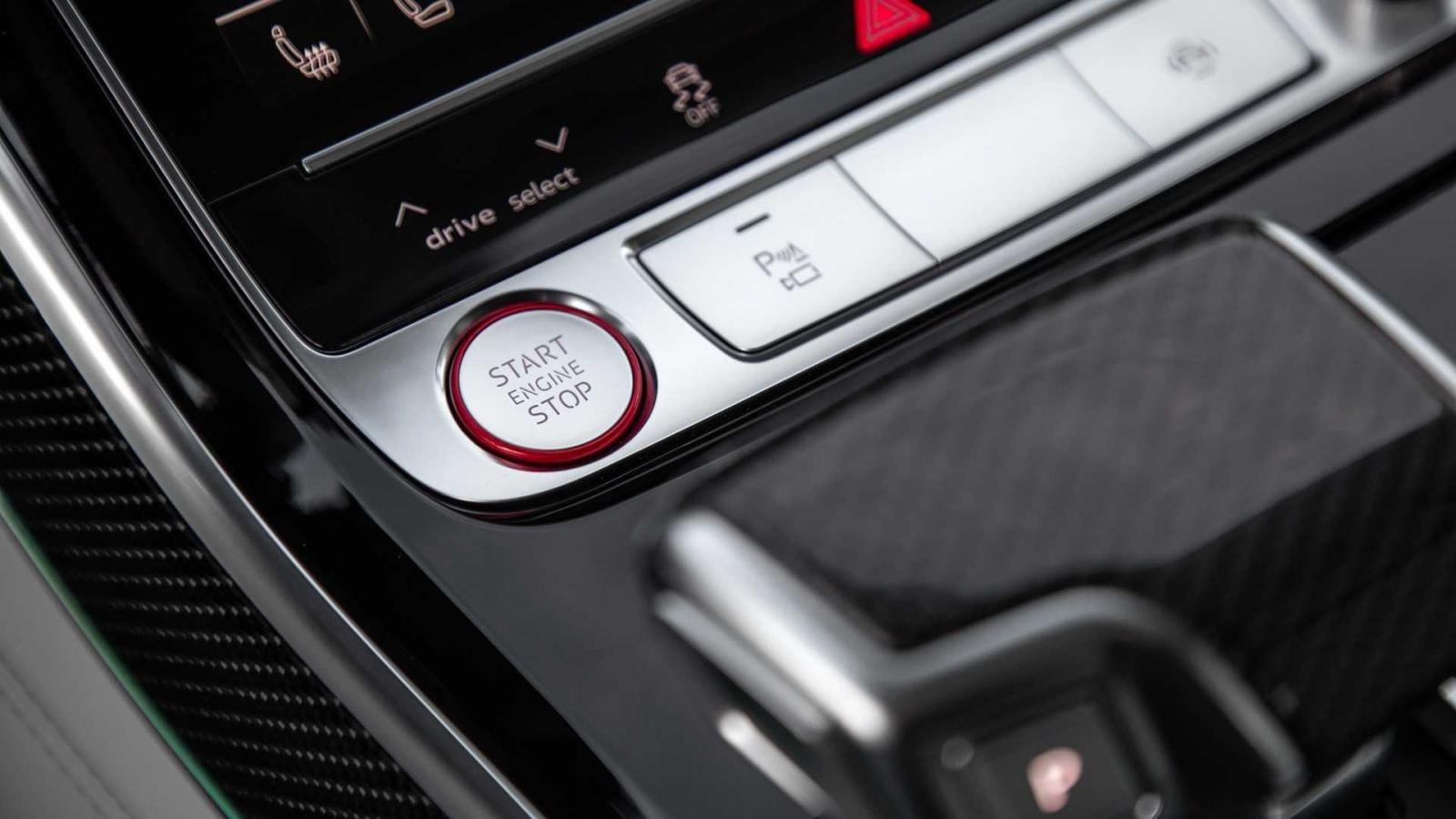 Đánh giá xe Audi S8 2020 về tiện nghi: nút bấm điều khiển