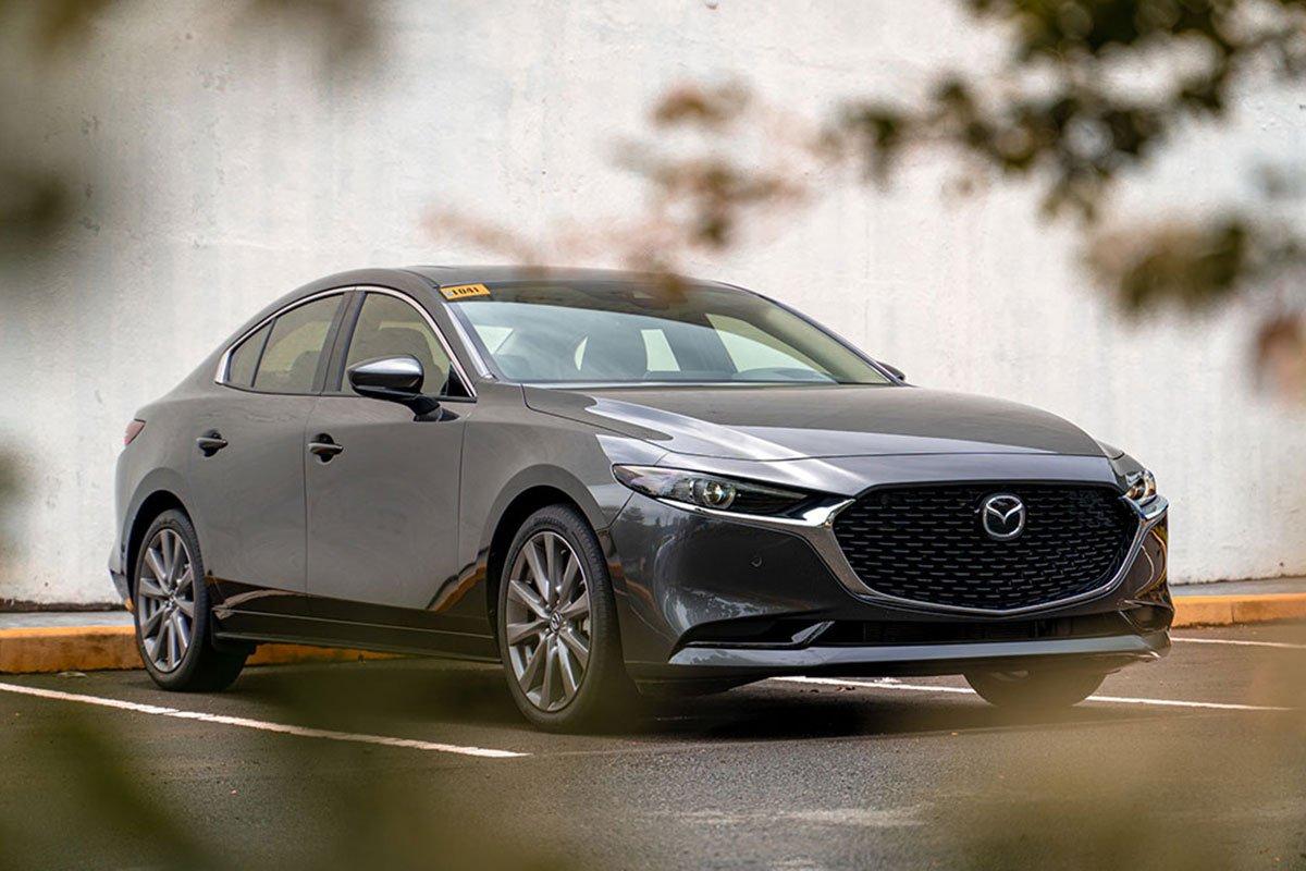 So sánh xe Mazda 3 2020 với Honda Civic RS 2020 aa