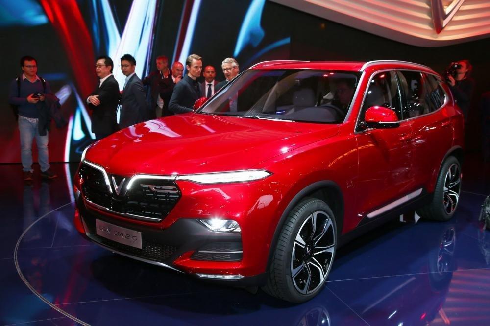 VinFast Lux SA2.0 - Mẫu xe đẳng cấp mang thương hiệu Việt Nam