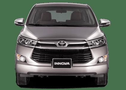 Đầu xe Toyota Innova nổi bật bởi sự chắc chắn