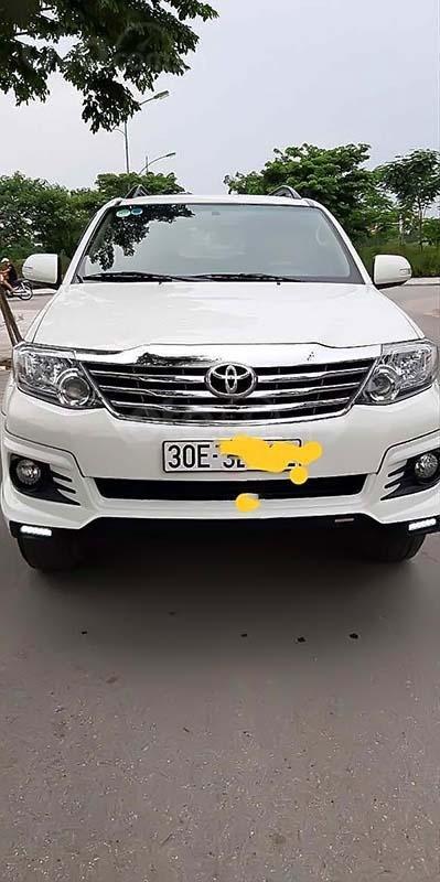 Bán Toyota Fortuner TRD Sportivo 4x2 AT đời 2015, màu trắng (1)