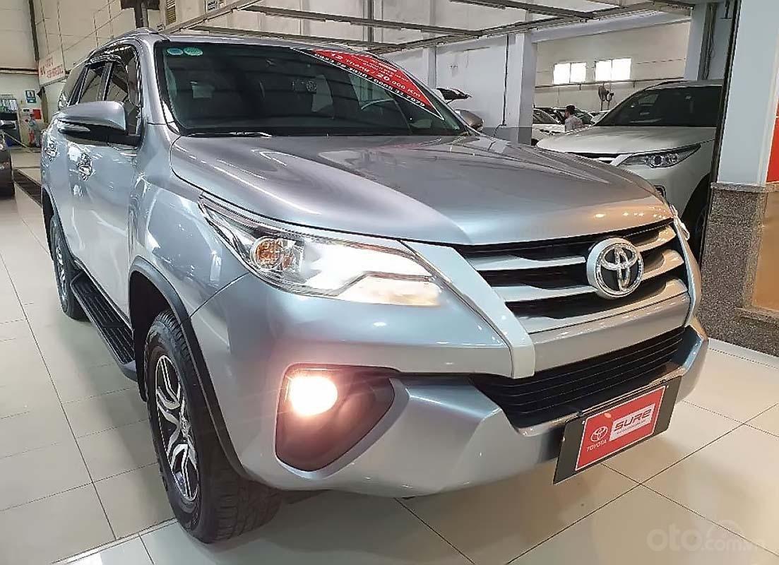 Cần bán lại xe Toyota Fortuner G 2017, màu bạc, nhập khẩu nguyên chiếc số sàn, giá chỉ 980 triệu (1)
