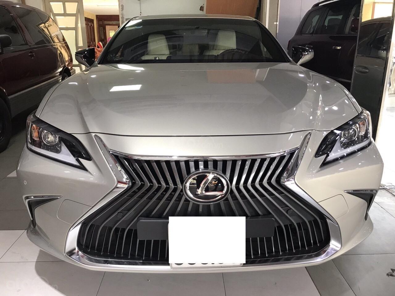 Bán Lexus ES 250 2019, đi đúng 2500km siêu lướt, bảo hành 3 năm bao kiểm tra chất lượng xe tại hãng (1)