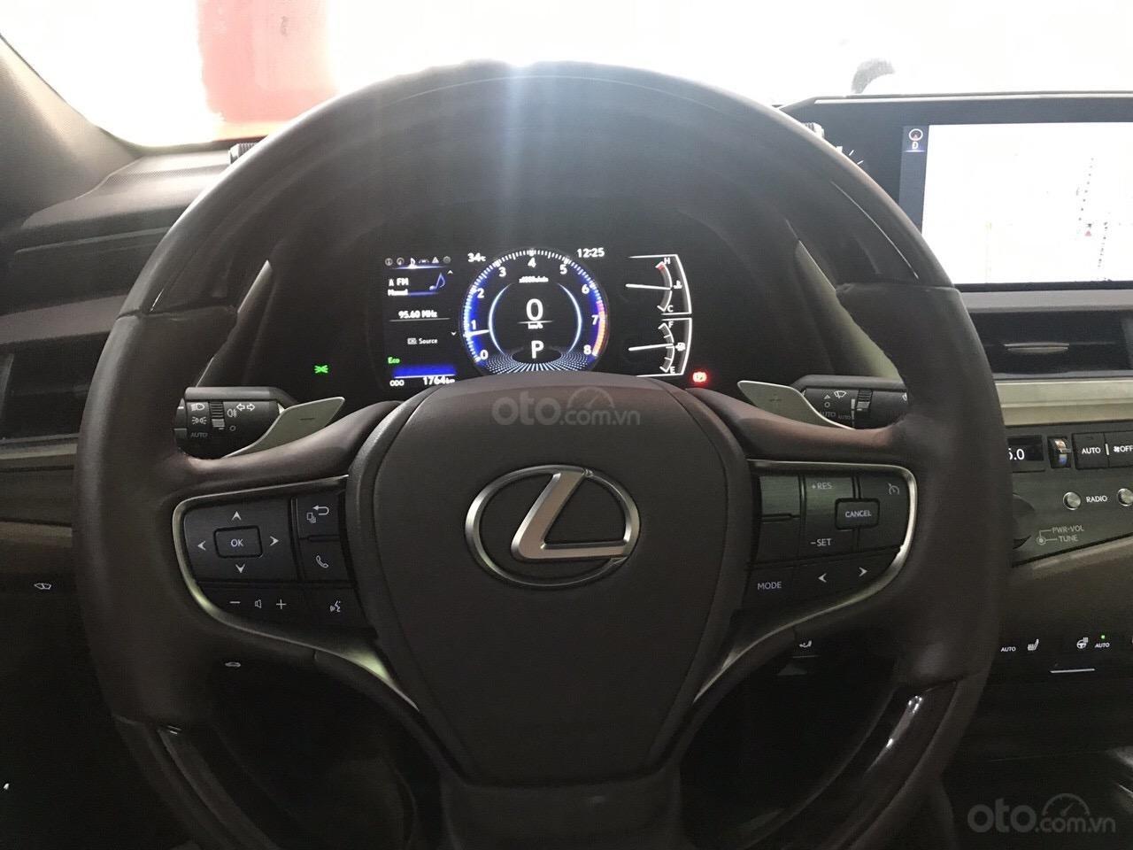 Bán Lexus ES 250 2019, đi đúng 2500km siêu lướt, bảo hành 3 năm bao kiểm tra chất lượng xe tại hãng (5)
