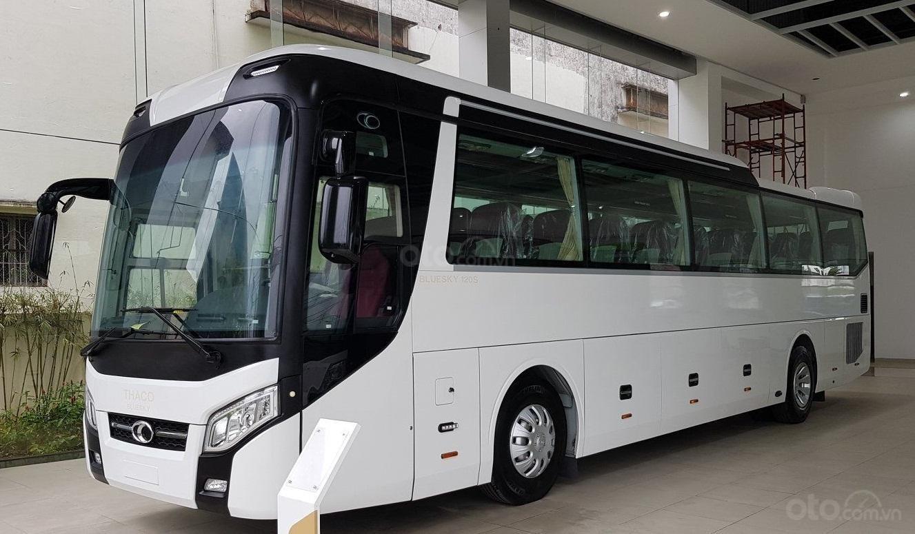 Thaco 45C 2019, Thaco Universe động cơ Weichai 336PS, liên hệ tư vấn 0938 900 846 (1)