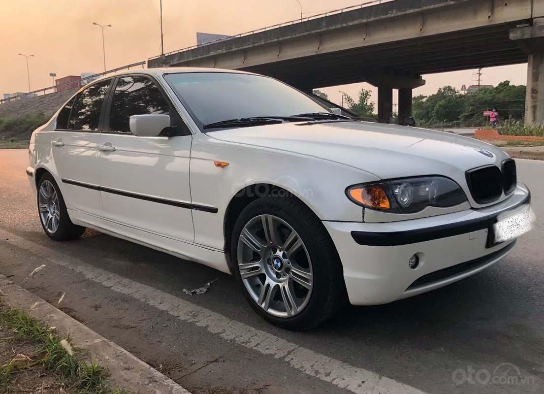 Bán BMW 3 Series 325i năm 2004, màu trắng, 225tr (1)