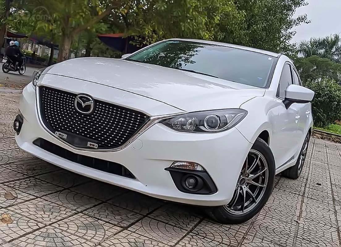 Cần bán lại xe Mazda 3 1.5 năm sản xuất 2016, màu trắng (1)