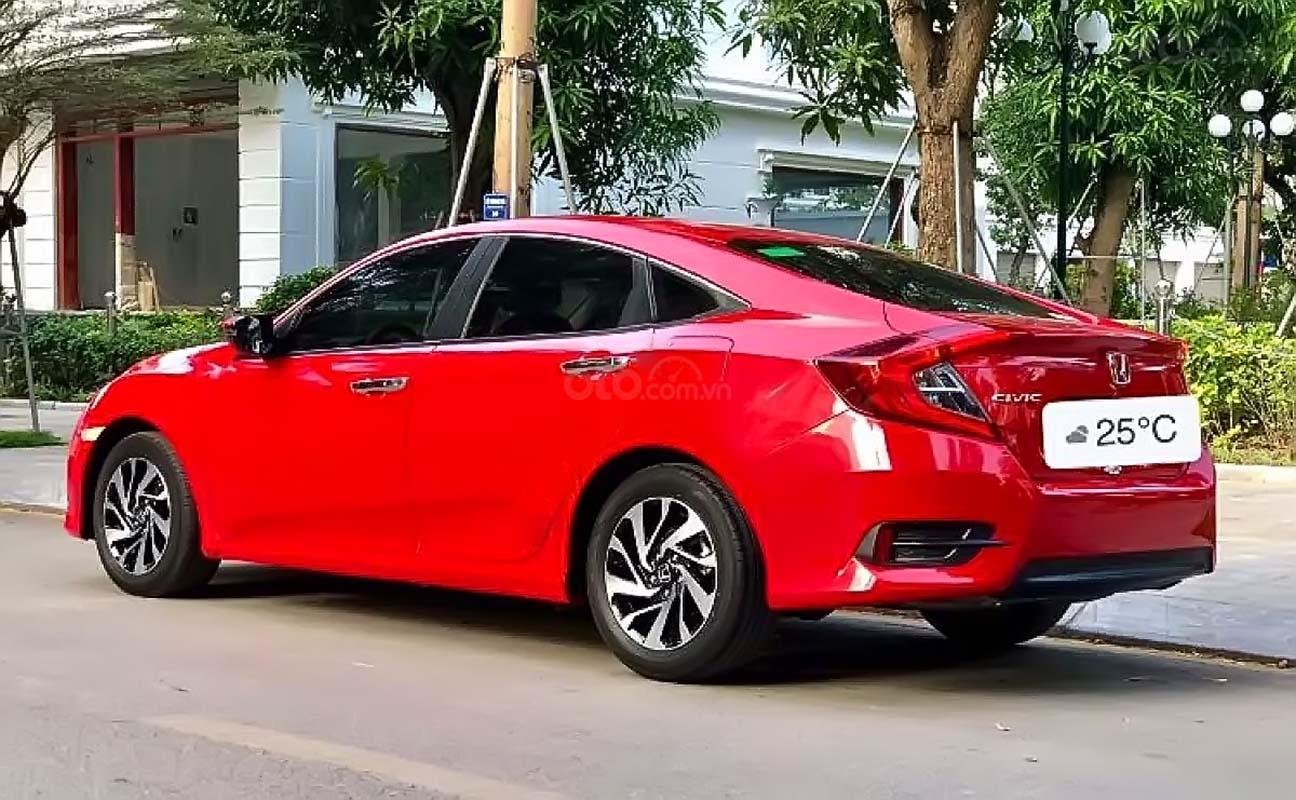 Bán Honda Civic 1.8 AT năm 2018, màu đỏ, xe nhập giá cạnh tranh (4)