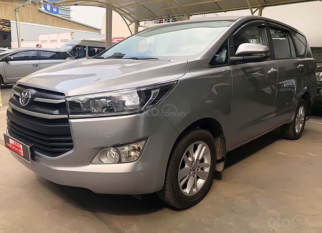 Cần bán Toyota Innova 2.0E đời 2018 số tự động (1)