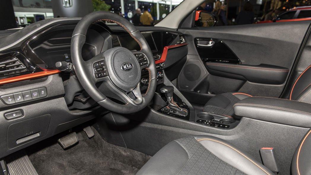 [Los Angeles 2019] Kia Niro 2020 đảm bảo cảm giác lái thú vị