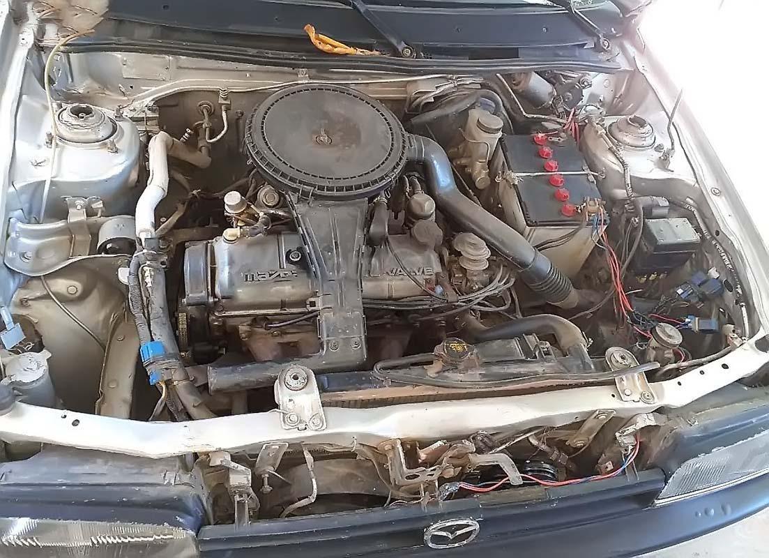 Bán xe Mazda 323 đời 1995, màu bạc, nhập khẩu chính chủ (4)