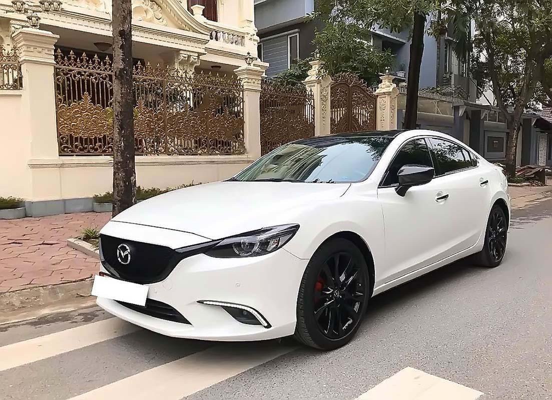 Bán Mazda 6 2.0 Premium 2017, màu trắng, 795 triệu (1)