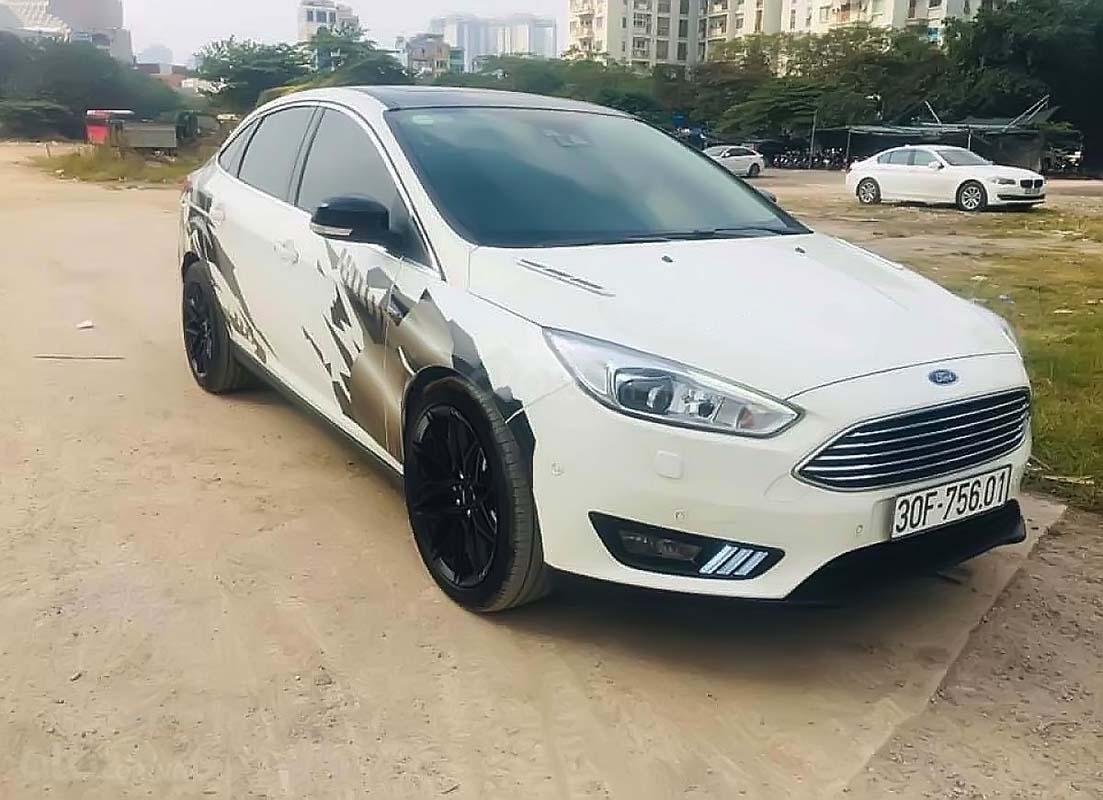 Bán xe cũ Ford Focus Titanium 1.5L sản xuất năm 2016, màu trắng (1)