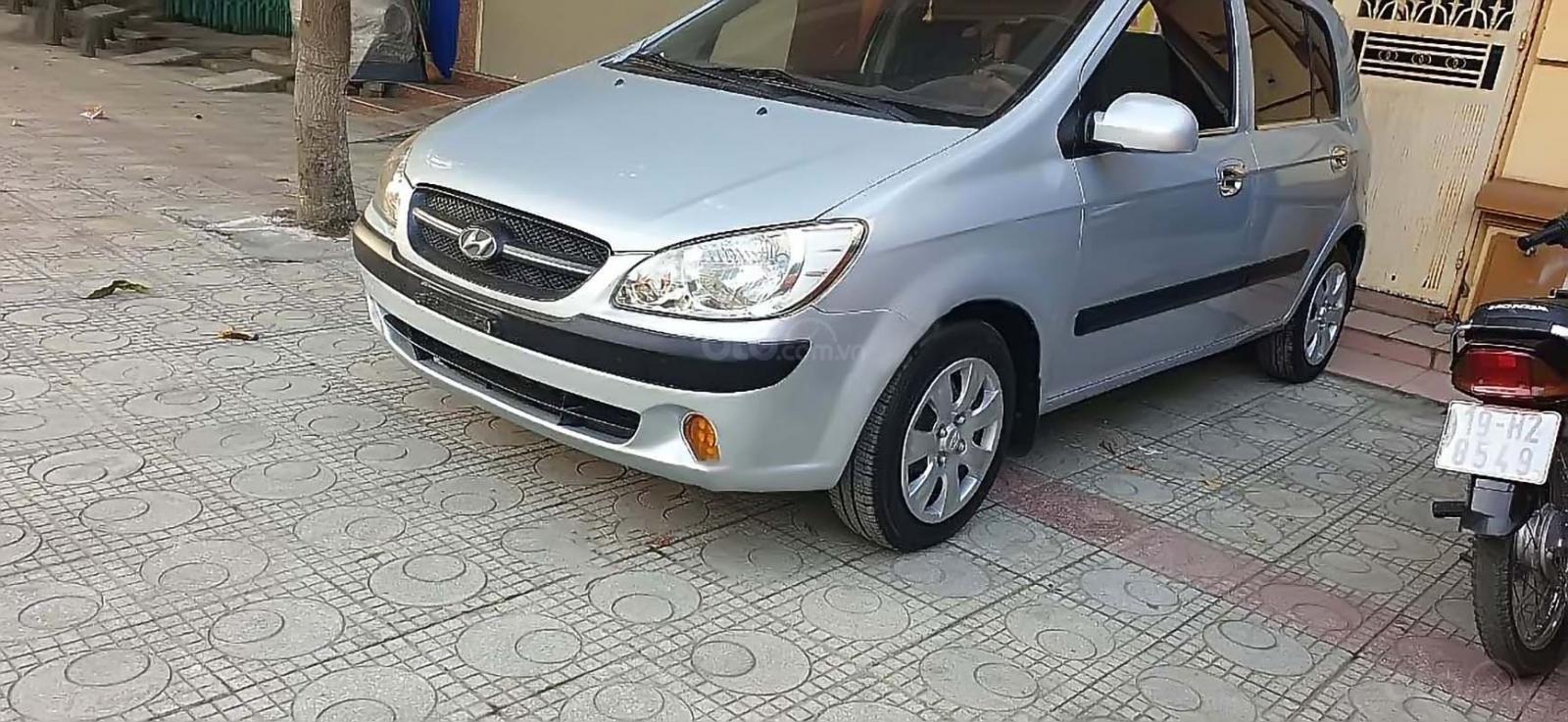 Bán Hyundai Getz 1.1 MT năm sản xuất 2009, màu bạc, nhập khẩu  (1)
