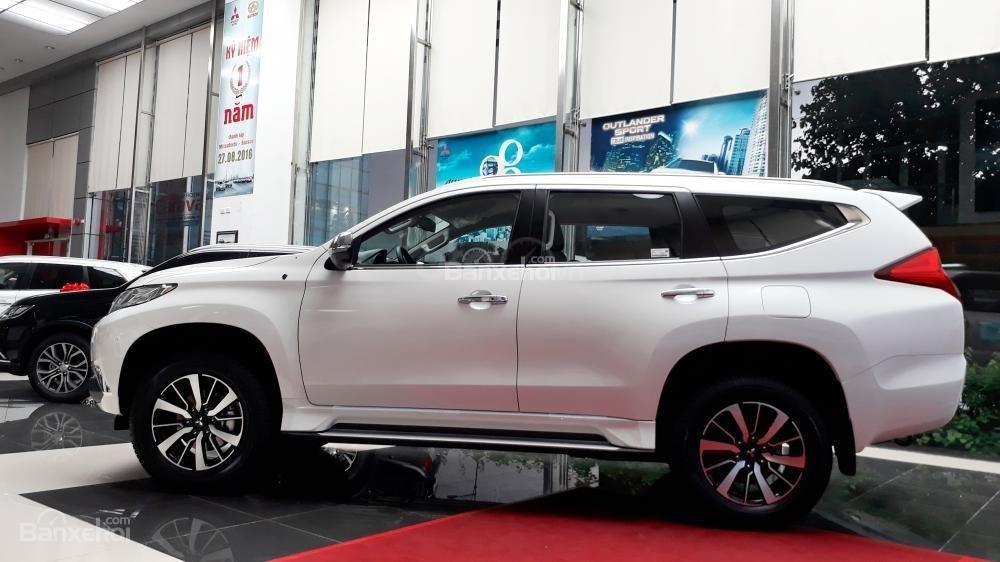 Mitsubishi Pajero Sport D 4x2 AT tại Quảng Ninh đời 2019, màu trắng, nhập khẩu, giá 888tr, liên hệ: 0969604040 (2)