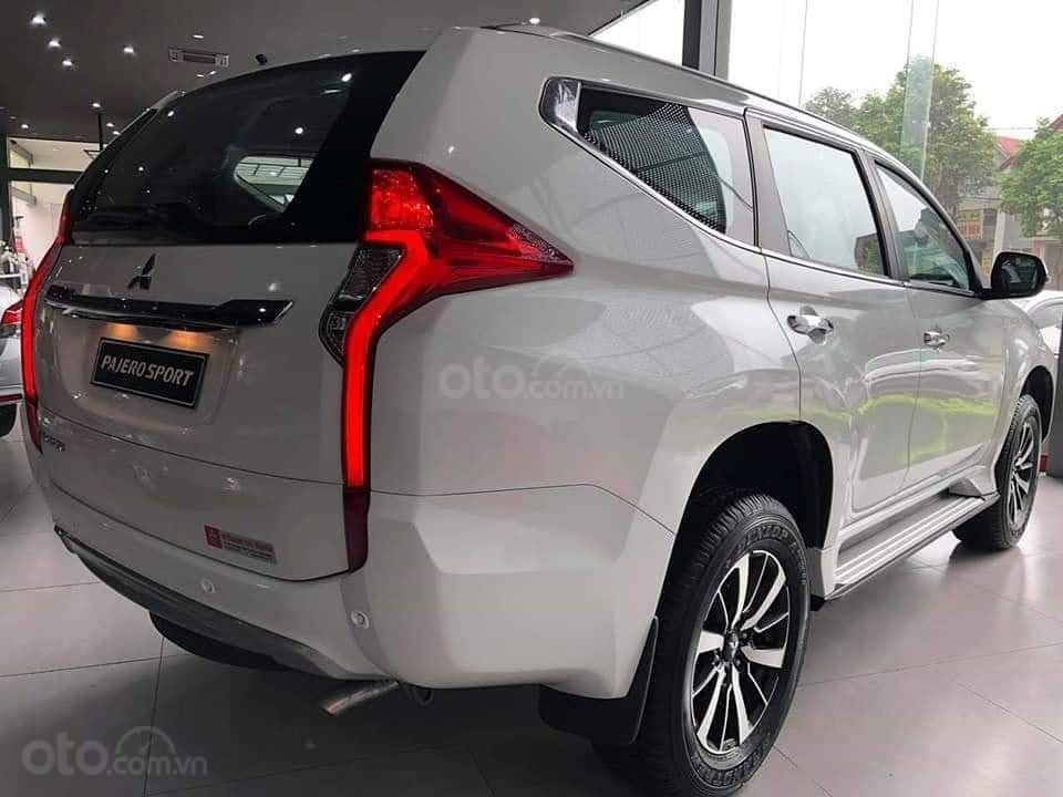 Mitsubishi Pajero Sport D 4x2 AT tại Quảng Ninh đời 2019, màu trắng, nhập khẩu, giá 888tr, liên hệ: 0969604040 (3)