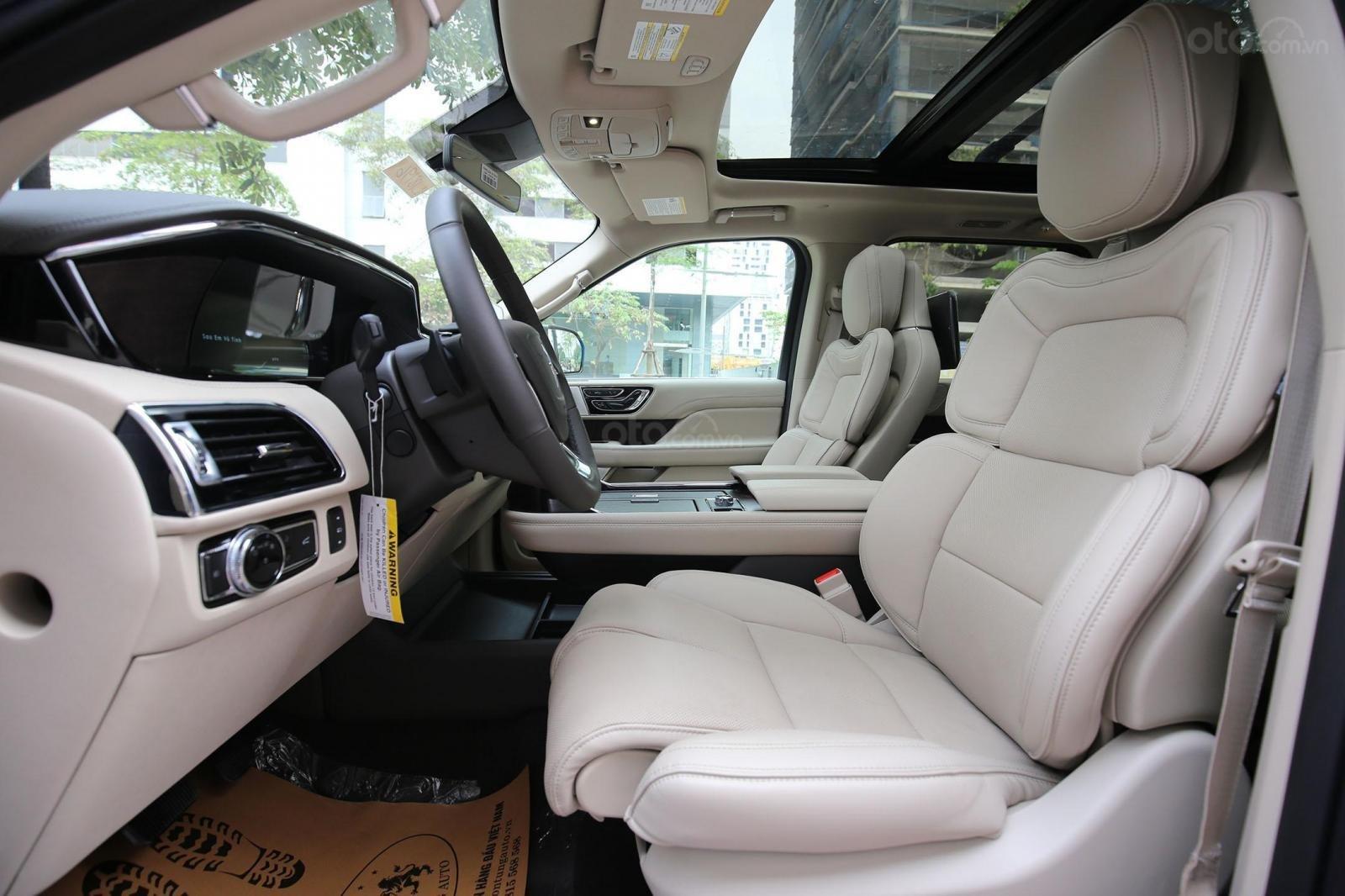 Cần bán Lincoln Navigator L năm sản xuất 2019, màu xanh lam, xe nhập Mỹ mới 100% (5)
