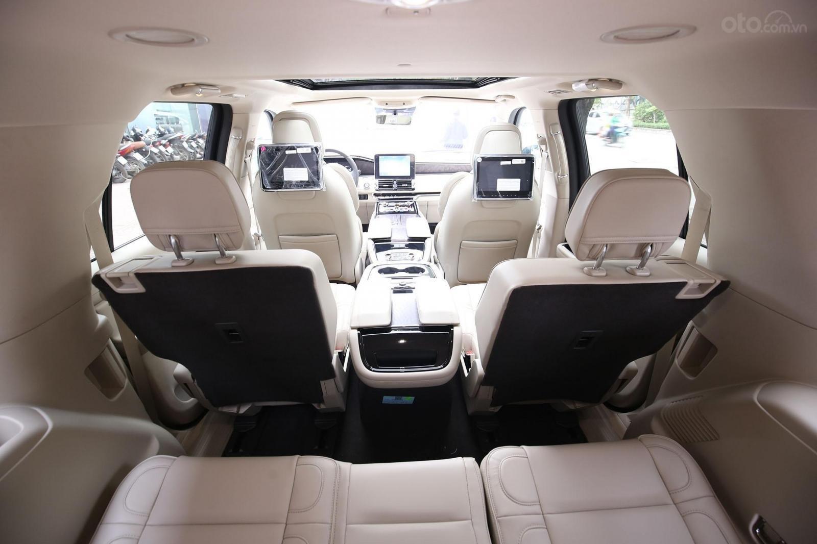 Cần bán Lincoln Navigator L năm sản xuất 2019, màu xanh lam, xe nhập Mỹ mới 100% (8)