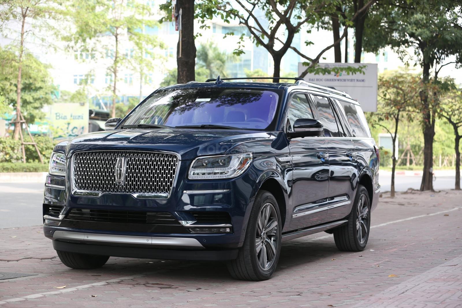 Cần bán Lincoln Navigator L năm sản xuất 2019, màu xanh lam, xe nhập Mỹ mới 100% (16)