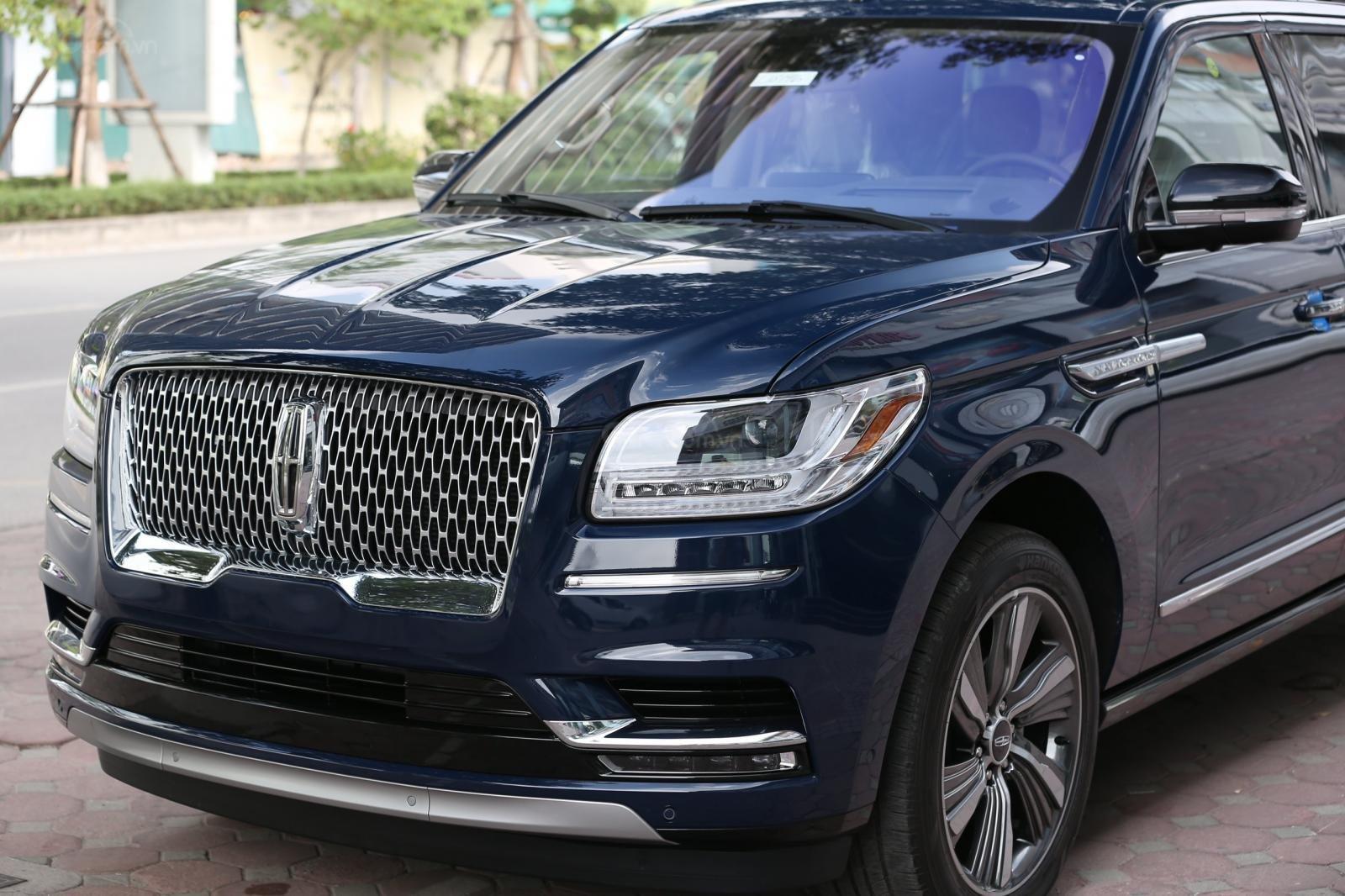 Cần bán Lincoln Navigator L năm sản xuất 2019, màu xanh lam, xe nhập Mỹ mới 100% (20)