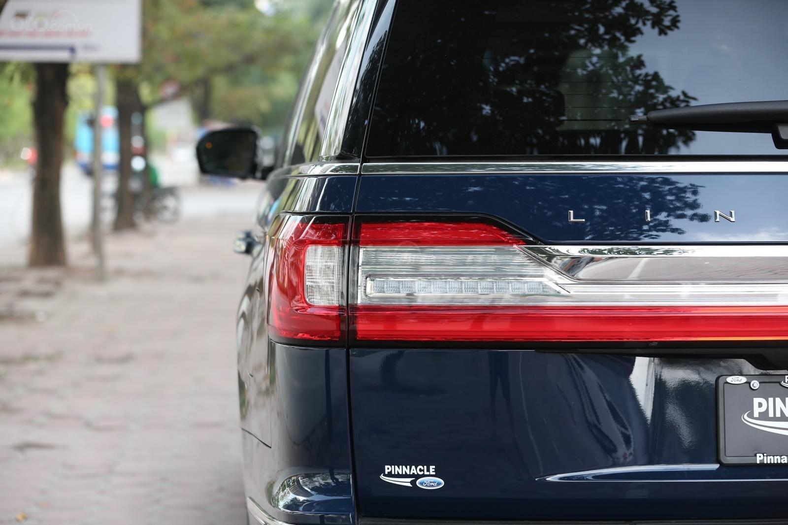 Cần bán Lincoln Navigator L năm sản xuất 2019, màu xanh lam, xe nhập Mỹ mới 100% (24)