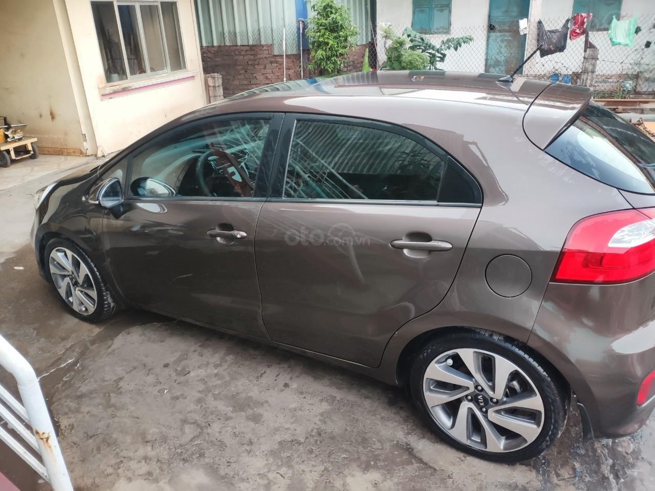 Chính chủ bán xe Kia Rio 2015, màu nâu, nhập khẩu LH: 0942126662 (3)