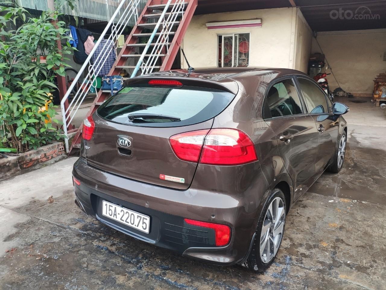 Chính chủ bán xe Kia Rio 2015, màu nâu, nhập khẩu LH: 0942126662 (2)