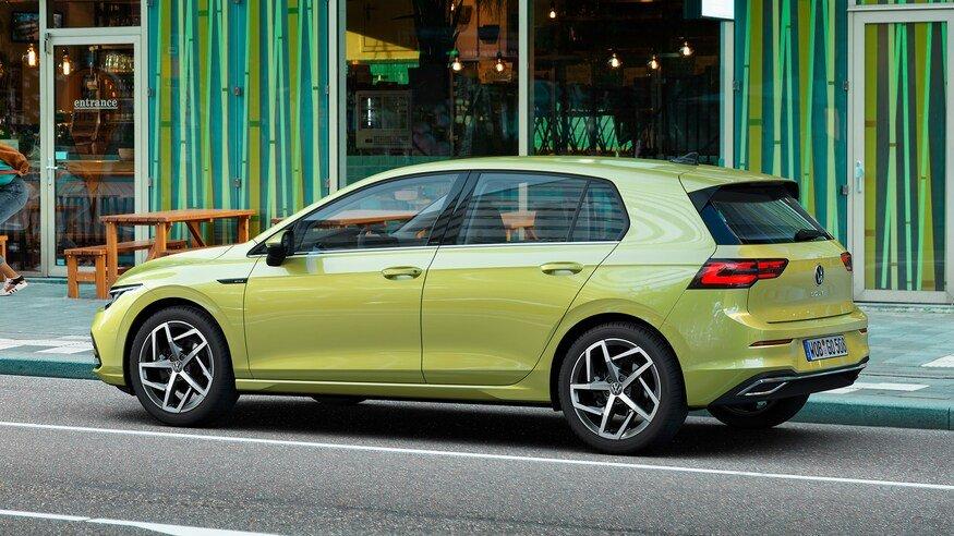 Đánh giá xe Volkswagen Golf 2020: góc 3/4 thân xe