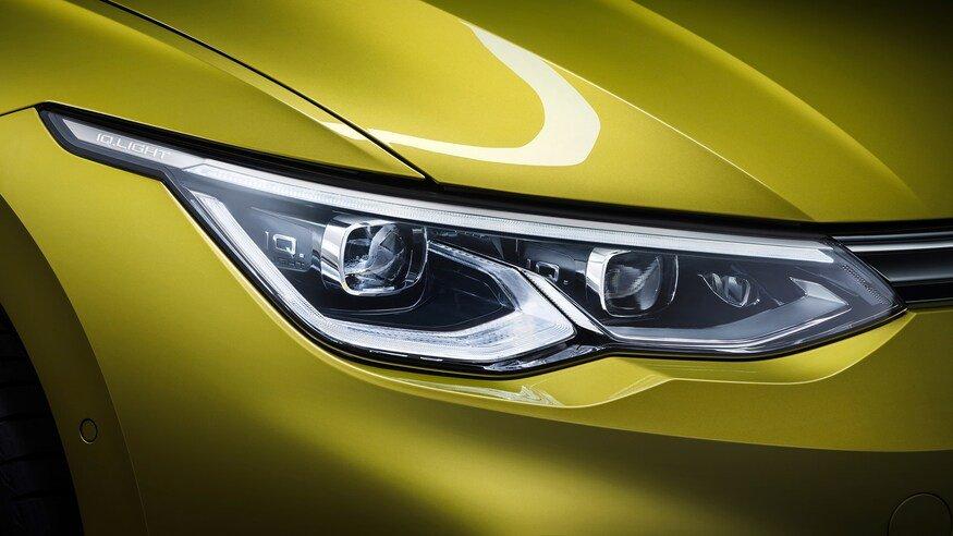 Đánh giá xe Volkswagen Golf 2020 về đầu xe: đèn pha 2