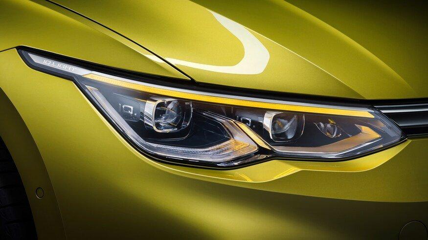 Đánh giá xe Volkswagen Golf 2020 về đầu xe: đèn pha 1