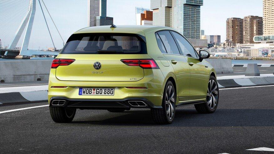 Đánh giá xe Volkswagen Golf 2020: chính diện đuôi xe
