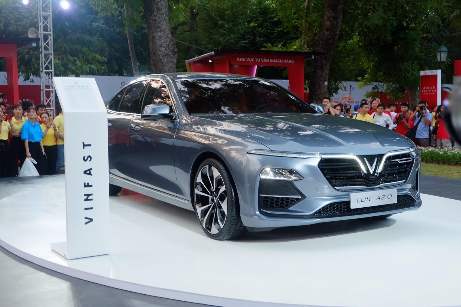 Mẫu sedan VinFast Lux A2.0 được ra mắt tại triển lãm Paris 2018
