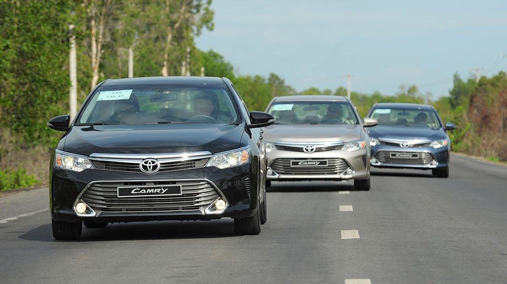 Toyota Camry đang là mẫu sedan bán rất chạy tại Việt Nam