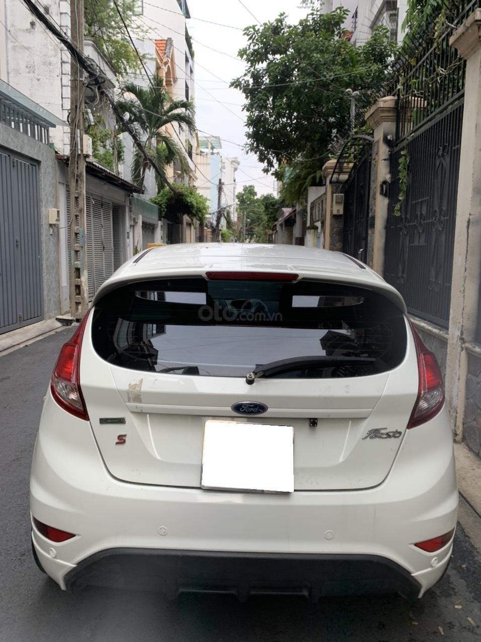 Bán ô tô Ford Fiesta Ecoboost sản xuất 2014, màu trắng, giá chỉ 389 triệu (7)