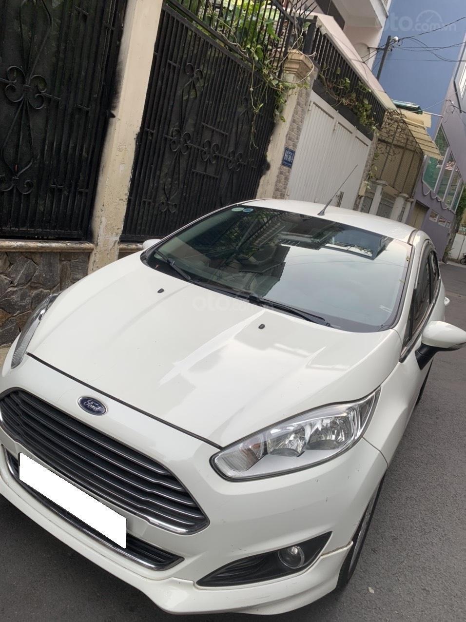 Bán ô tô Ford Fiesta Ecoboost sản xuất 2014, màu trắng, giá chỉ 389 triệu (3)
