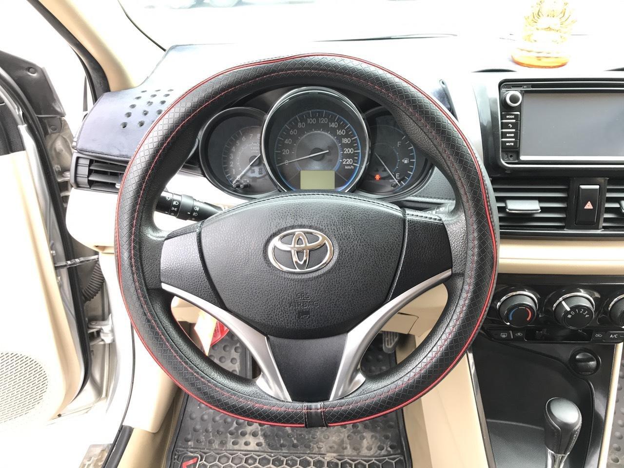 Bán xe Toyota Vios 1.5E CVT 2017, màu bạc, 1 chủ không lỗi nhỏ, xe mới cứng (6)