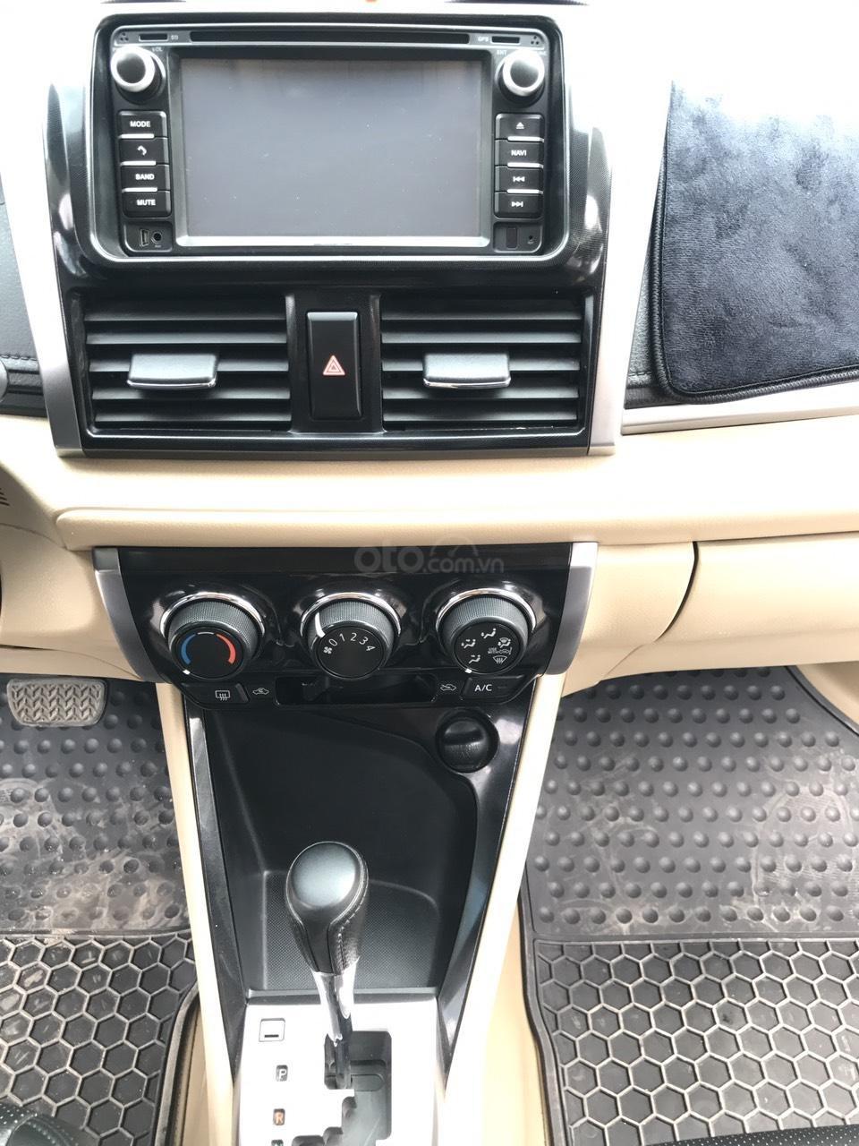 Bán xe Toyota Vios 1.5E CVT 2017, màu bạc, 1 chủ không lỗi nhỏ, xe mới cứng (19)