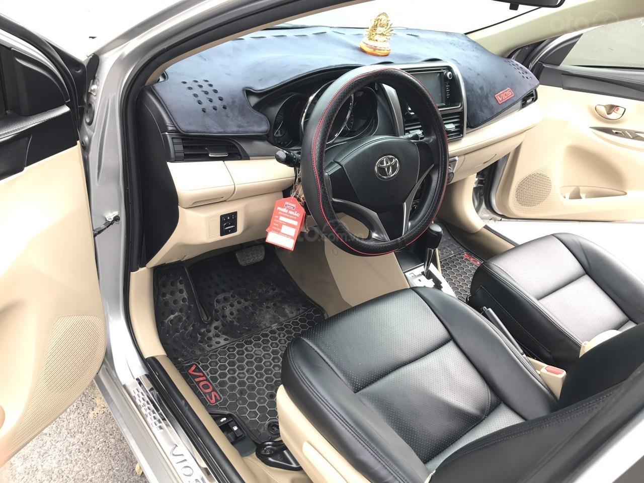 Bán xe Toyota Vios 1.5E CVT 2017, màu bạc, 1 chủ không lỗi nhỏ, xe mới cứng (4)