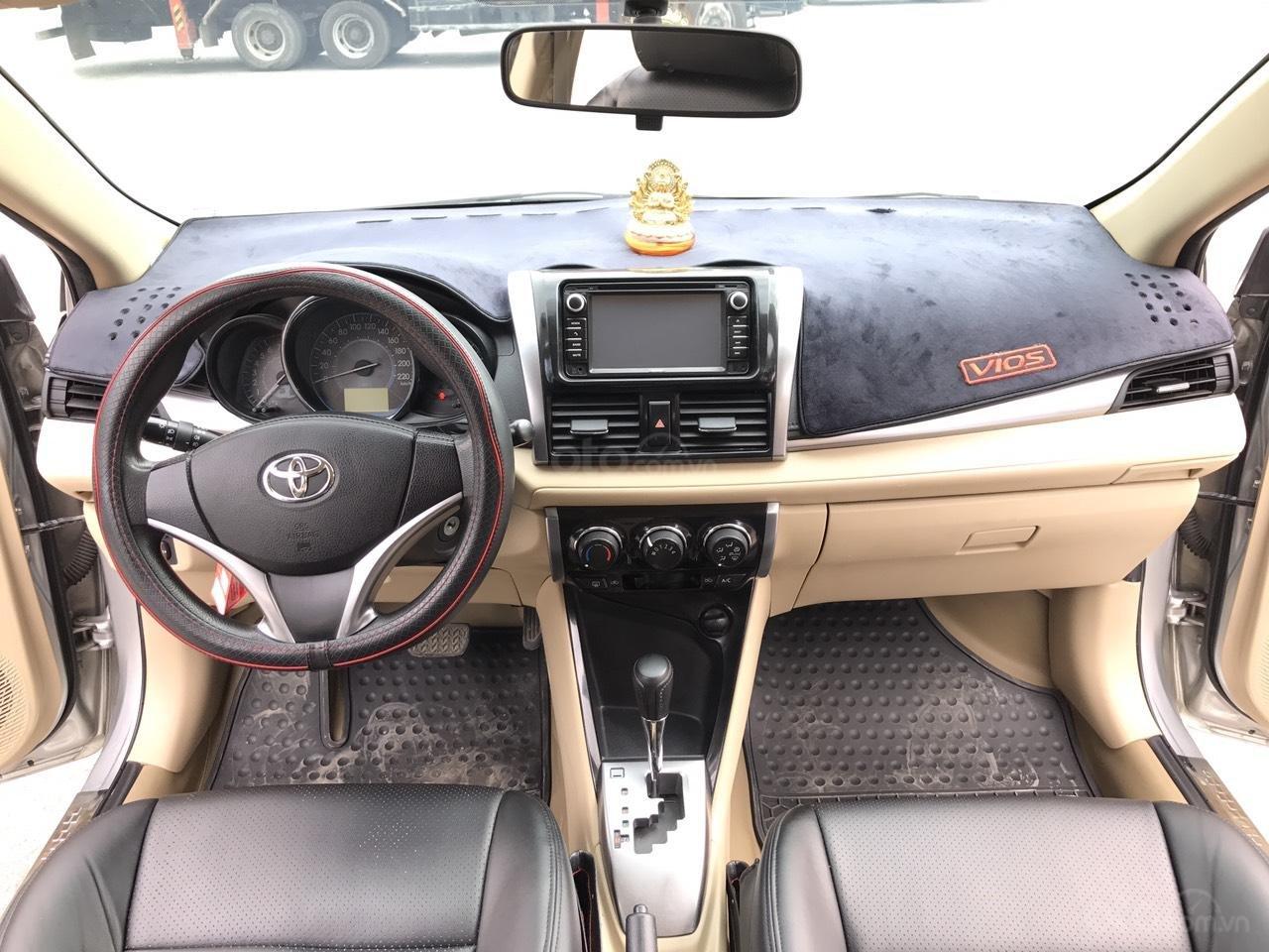Bán xe Toyota Vios 1.5E CVT 2017, màu bạc, 1 chủ không lỗi nhỏ, xe mới cứng (5)